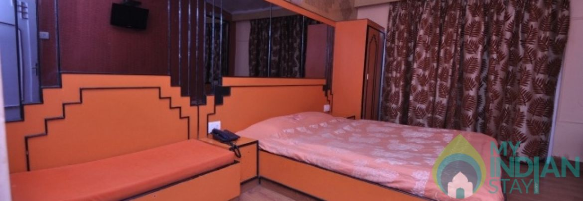 Super Deluxe room in a guest House in Shimla