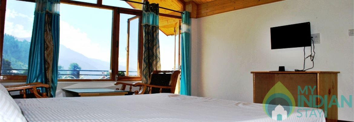 Deluxe Rooms In A Cottage In Manali