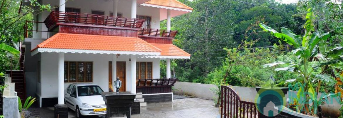 Deluxe Double Bedded Non AC Rooms In Kumily