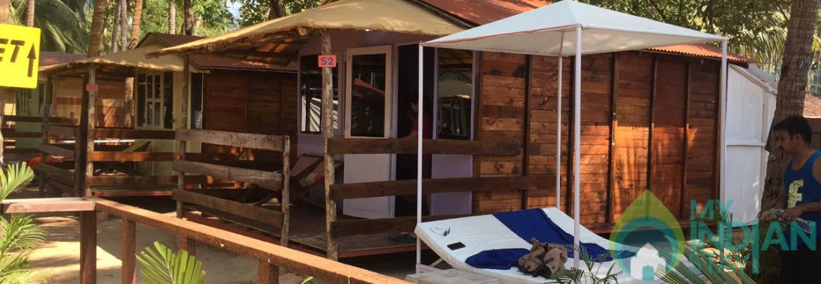 AC Sea View Wooden Cottage with Double Occupancy