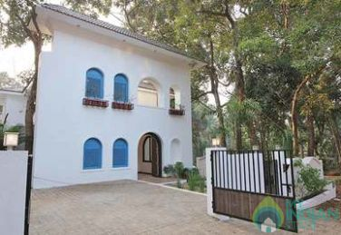 4 Bedroom Villa with Private Pool in Vagator