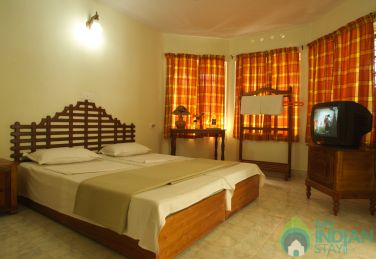 Single Non AC Rooms With Balcony In EI-Paradiso In Idukki