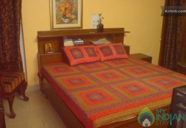 Well Furnished Family  Room In a Guest House in New Delhi