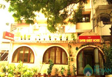 Comfortable Stay in a Double Rooms in a Guest House in New Delhi