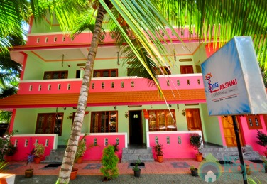 A/C Deluxe Rooms In a Boutique  Guest House in Kovalam