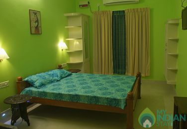 Furnished A/C Rooms in a Homestay in Trivandrum