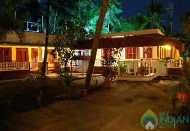 Sea View Royal Cottage With Balcony In Kerala