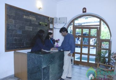 Super Deluxe Rooms In Hemkunth Residency,Kasauli