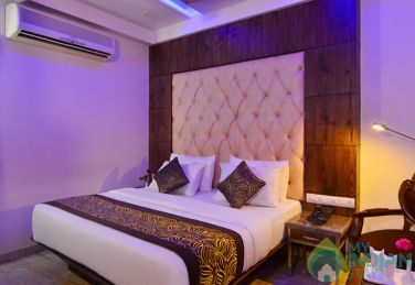 Deluxe Rooms In New Delhi,India