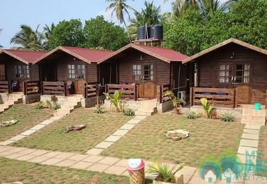 Deluxe AC Wooden Cottage Sea View