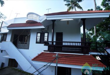 Stay In Njaliparambu, Fort Kochi, Kerala