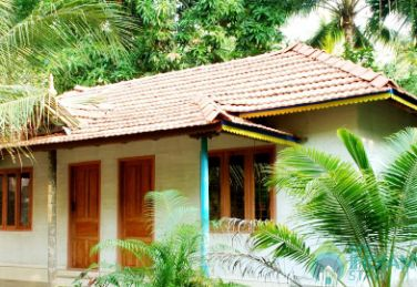 AC Double Rooms In a Homestay in Kunarakom