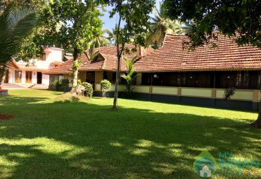 Heritage Villa On the Banks Of Pamba River, Kerala
