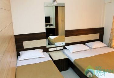 Comfortable Rooms to Stay in  Andheri