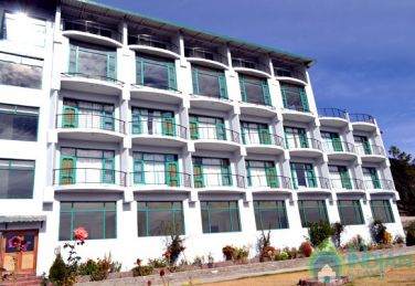 Family Suite with Mountain View in Resort in Shimla