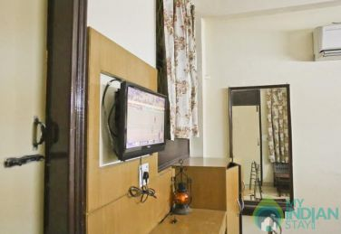 Comfortable Standard Rooms In a Guest House in  New Delhi