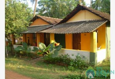 Furnished Standard Non AC Rooms In Guest House In Ashvem