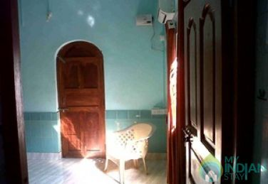 Non A/C Rooms In a Guest House in Calangute