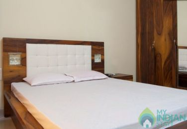 Double Occupancy  Room in a Serviced Apartment in Malad East