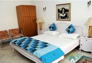 Standard single Rooms In New Delhi