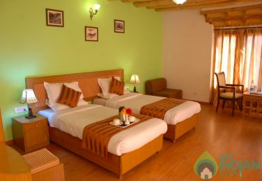 Deluxe AC Rooms ,Traditional Ladakhi Stay In Leh