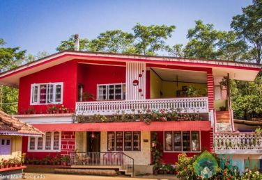 Suite Rooms In Busy Heart Of Madikeri