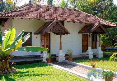 Cottages In A Heritage Homestay In Alleppey
