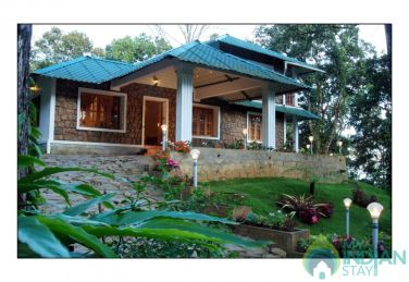 Deluxe Type Accommodations In Munnar, Kerala
