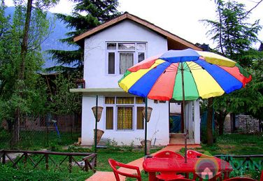 Family Suite in a cottage in Manali