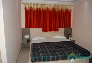 Deluxe Rooms In A Guest House In Mount Abu