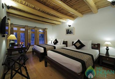 Cozy Cottages with Private Verandah In Leh