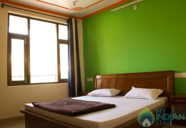 Homely And Cozy Stay Above Dharamshala