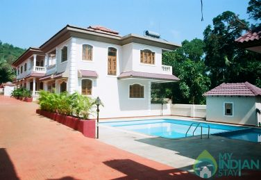 4 Bedroom Villa In Parra, Goa