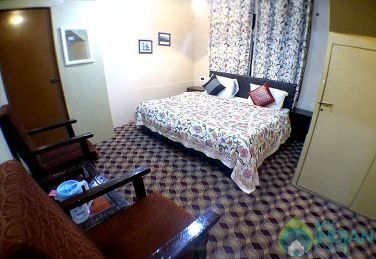 Comfortable Stay In Srinagar, Kashmir