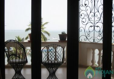 Opulent And Spacious Place To Stay In Dona Paula