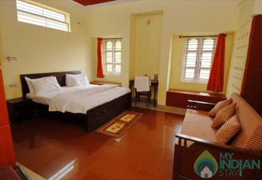 Ideal Family Stay Near Madikeri