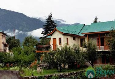 Amazing Place To Stay In Manali, HP