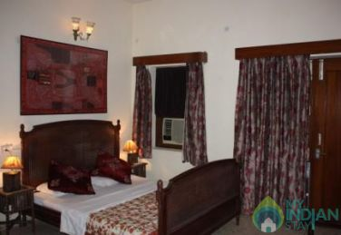 Spacious AC Super Deluxe Single Rooms In Ajmer