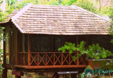 Stay In A Wooden Granary, Madikeri