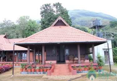 Stay Within A Plantation Bungalow In Munnar