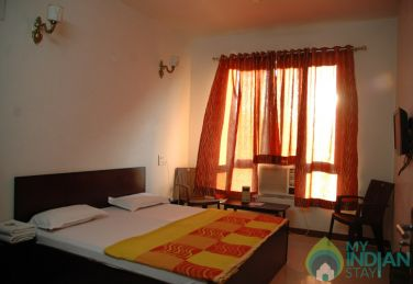 AC Single Luxury Rooms At Udaipur