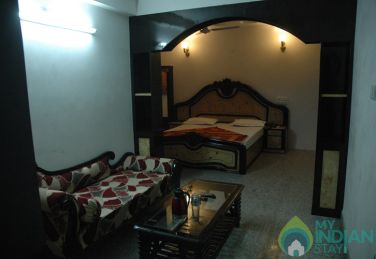 Double Bed Family Luxury Rooms At Udaipur