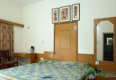 Deluxe Place To Stay In Mount Abu, Rajasthan