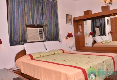 Neat & Clean Stay In Connaught Place, New Delhi