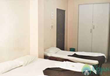 AC Double Deluxe Stay In Shivarampet, Karnataka