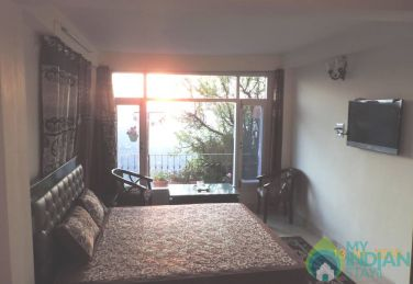 Standard Room With Accommodation Only In Shimla.