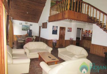 Super Deluxe Stay In Manali, HP