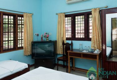 Stay Near Fort Kochi Beach, Kerala