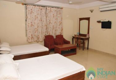 AC Deluxe 4 Bed Stay In Mysore, Karnataka