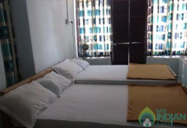 4 Bedded Room dormitory stay in Iruttukanam